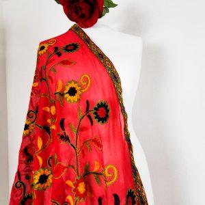 Stola bestickt aus Viskose- Rot