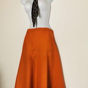 """Unterrock """"Marygold"""", warmes Orange oder Schwarz mit Stickerei am Saum"""
